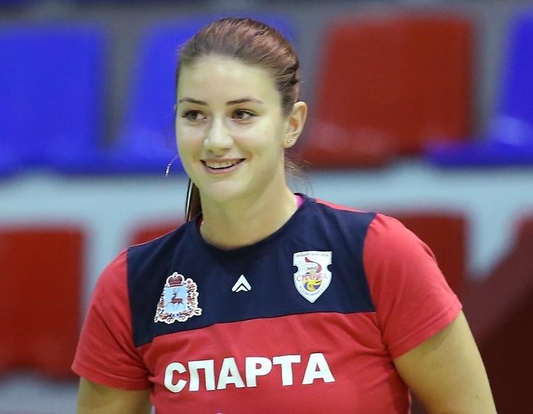 Доигровщица «Спарты» Емелина продлила контракт с командой - фото 1