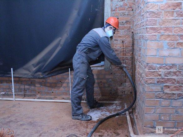 Инъекция для стен: как идет реставрация фасада нижегородской фабрики «Маяк» - фото 52
