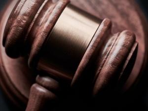 За оскорбление судьи нижегородца наказали исправительными работами на год и шесть месяцев