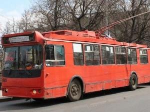 Пенсионер пострадал в ДТП по вине водителя троллейбуса в Советском районе