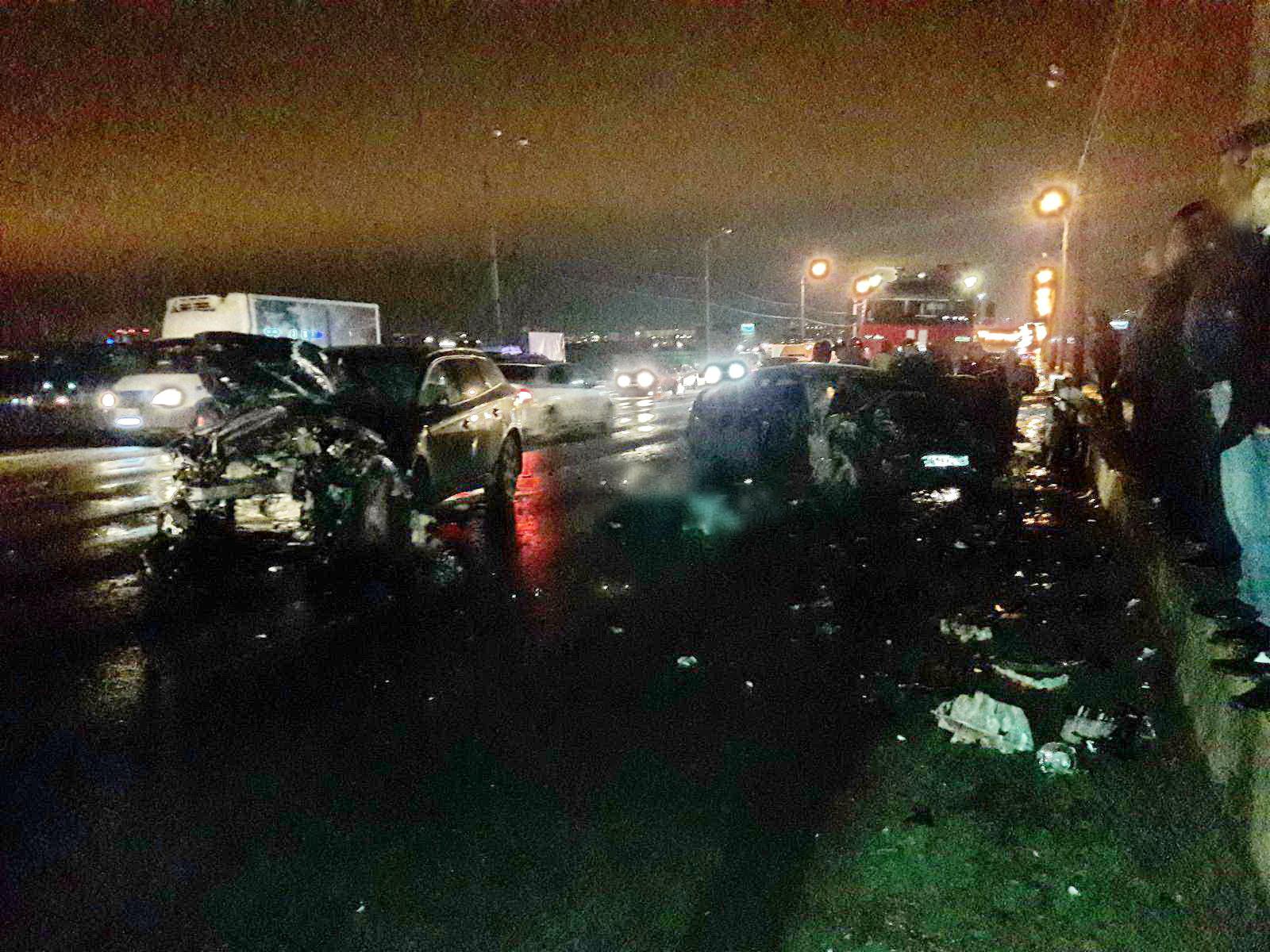 Два человека погибли вДТП наМызинском мосту