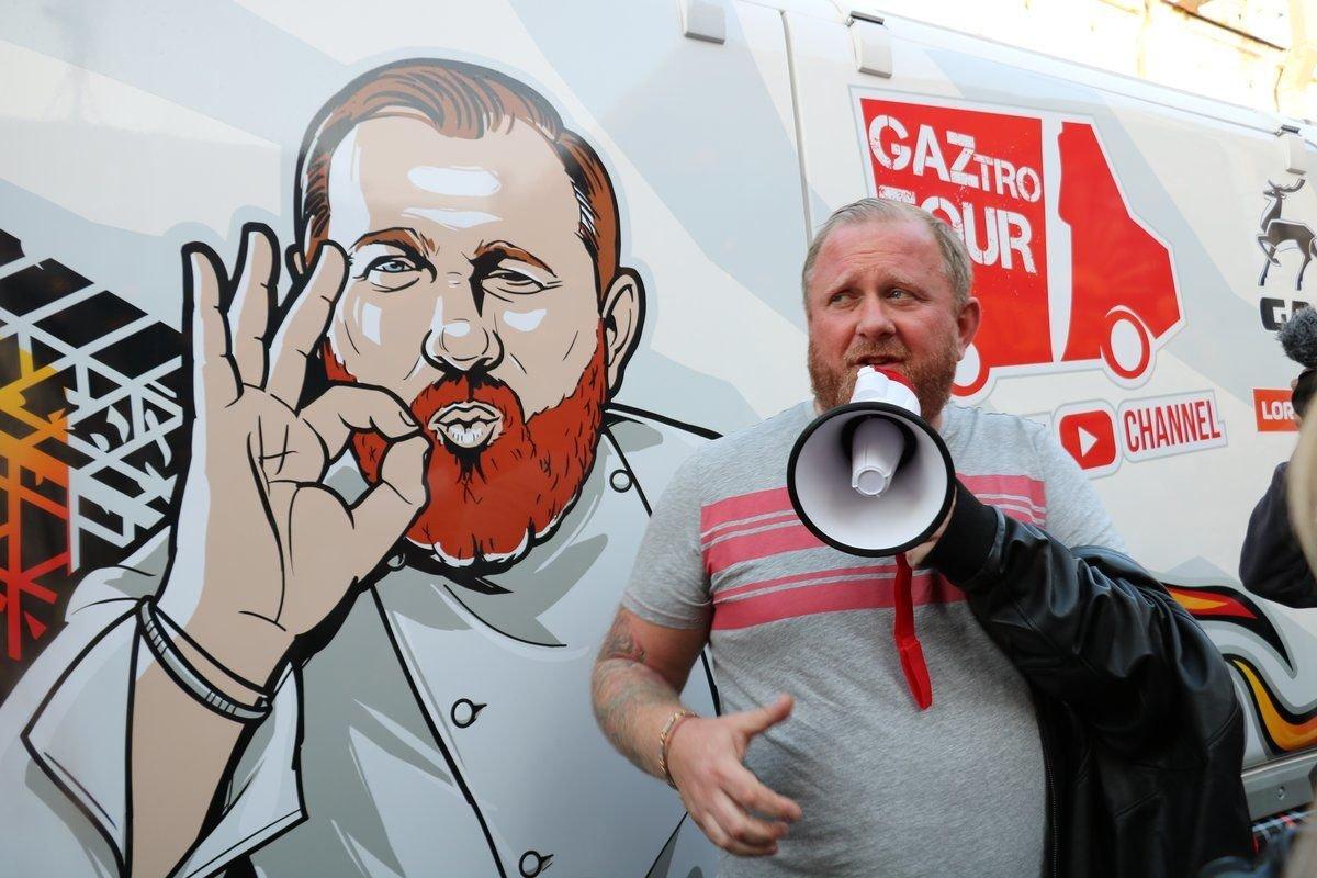 Шеф-повар Константин Ивлев приедет в Нижний Новгород за рецептами оливье - фото 1