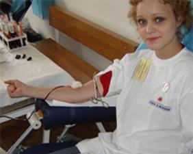 Каждый донор, сдавший кровь, спасает одну жизнь