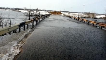 Почти 300 специалистов готовы устранять последствия паводка на дорогах в ПФО