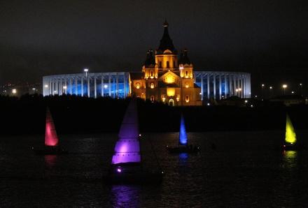 «Театр парусов» и 40-минутный фейерверк: яркое завершение Дня города в Нижнем Новгороде