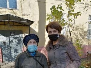 Волонтеры «Нижновэнерго» передали ветеранам-энергетикам 200 продуктовых наборов