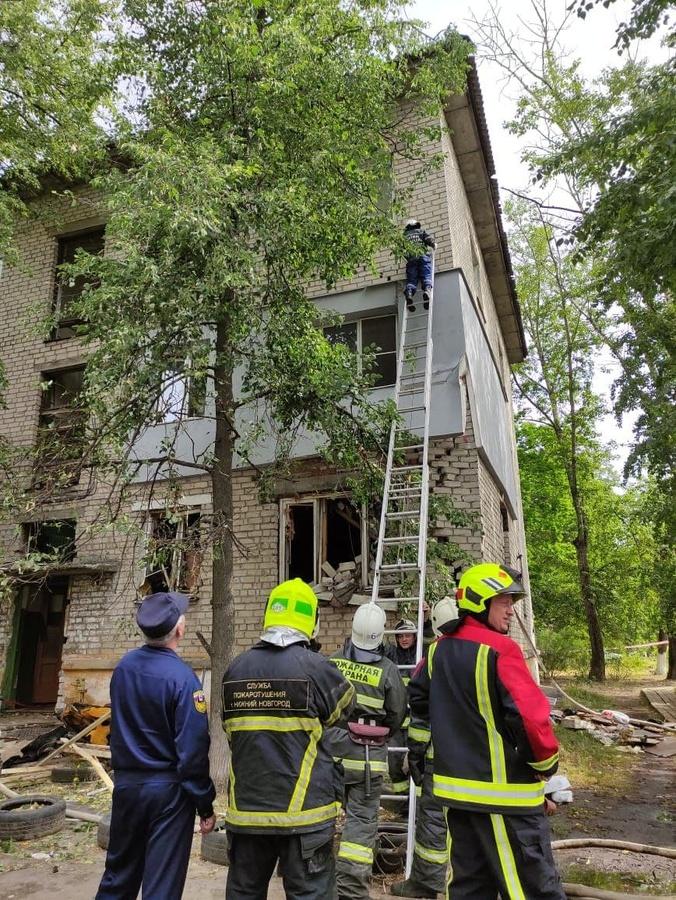 40 минут заняло спасение нижегородца из-под завалов после взрыва дома по улице Светлоярской - фото 1