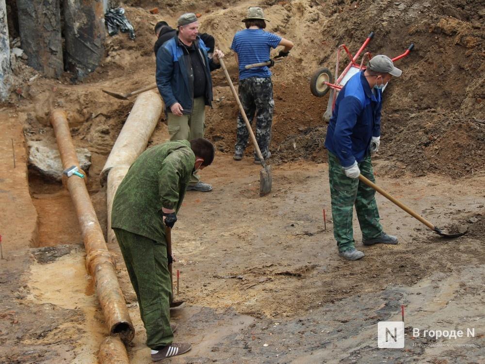 Турецкую трубку XIX века и древнюю «косметичку» нашли археологи в центре Нижнего Новгорода - фото 2