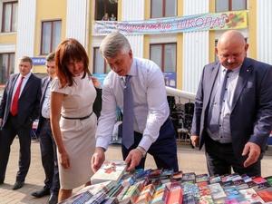 Глава администрации Нижнего Новгорода проинспектировал работу школьных базаров (ФОТО)