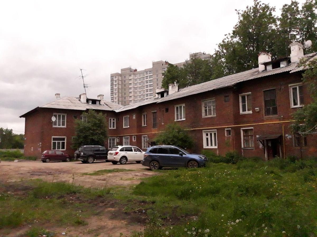 Власти пытаются расселить жителей аварийных домов в Московском районе через суд - фото 1
