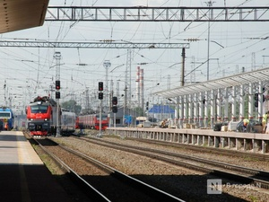Для двухэтажных поездов изменят навес на платформе Московского вокзала